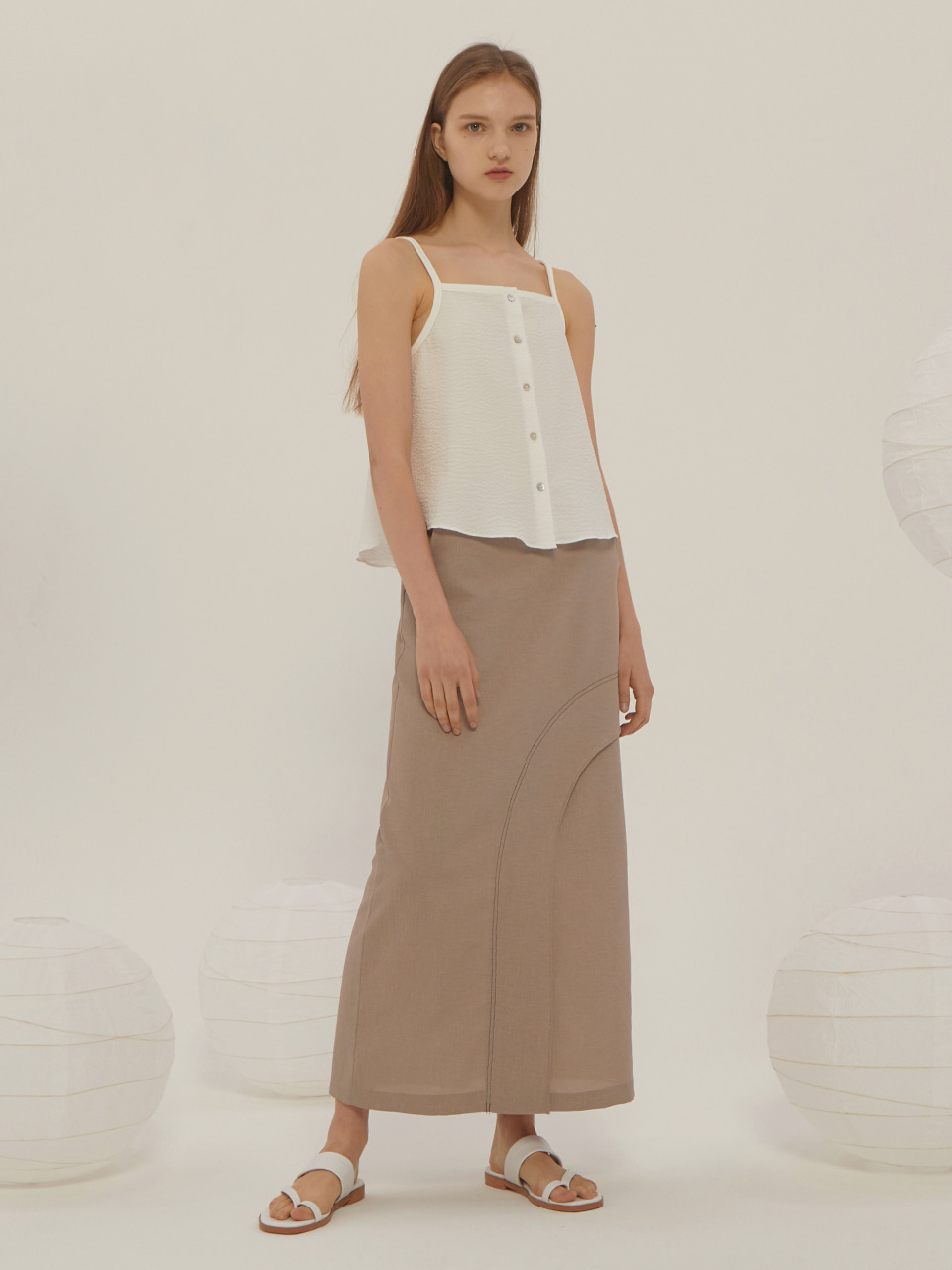 SEERSUCKER SLEEVELESS BLOUSE_Ivory